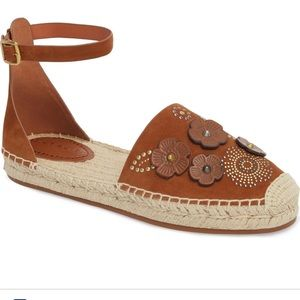 NWOB Coach brown leather flowered espadrilles